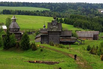 8 необычных туристических поездок по России